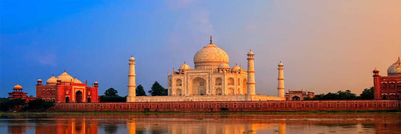 taj-mahal-tour-by-gatimaan-express